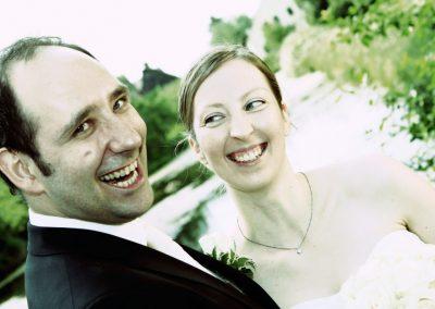 Lachendes Brautpaar aus Wedel © Christof Plautz