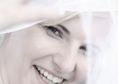 Schöne Braut mit Brautschleier Fotograf Christof Plautz