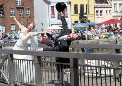 ausgeflippte Hochzeitsfotos in Husum Hochzeitsfotograf Christof Plautz